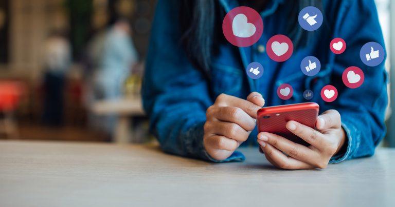 Facebook Tuned, il social per le coppie lontane