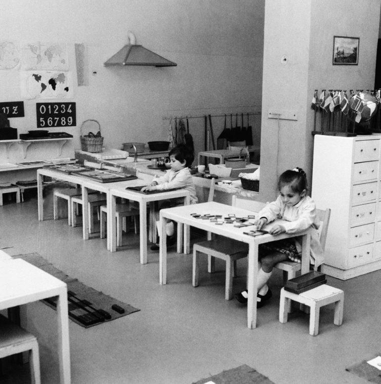 """Nasceva 150 anni fa Maria Montessori, colei che """"reinventò"""" la scuola italiana"""