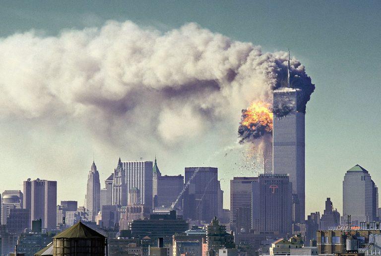 L'11 settembre del 2001, le immagini inedite a venti anni dal boato delle torri gemelle